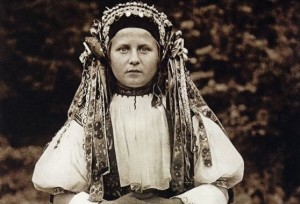 Slovenská dievka - ilustračná fotografia