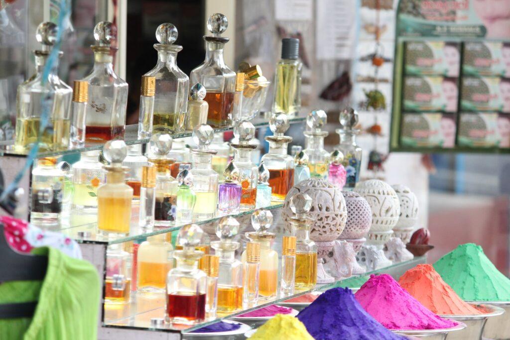 Parfémy v kamennom obchode